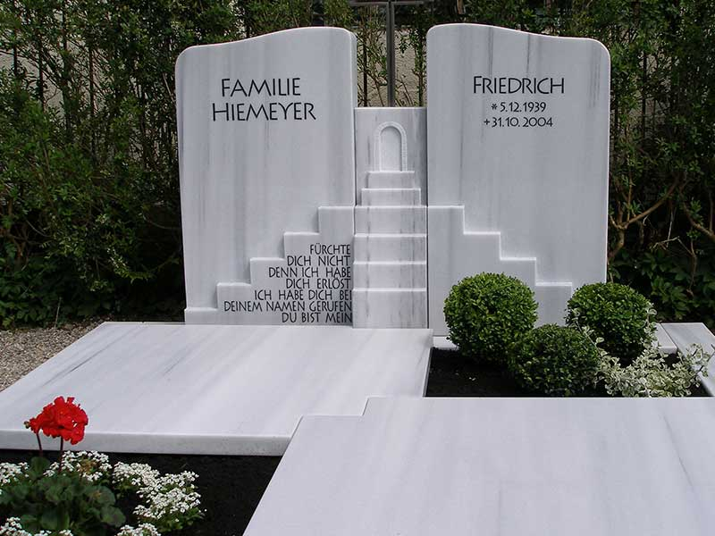 Friedhof Herrieden, Friedhof Bechhofen, Grabstein Hell, Steinwerkstätte Gessler