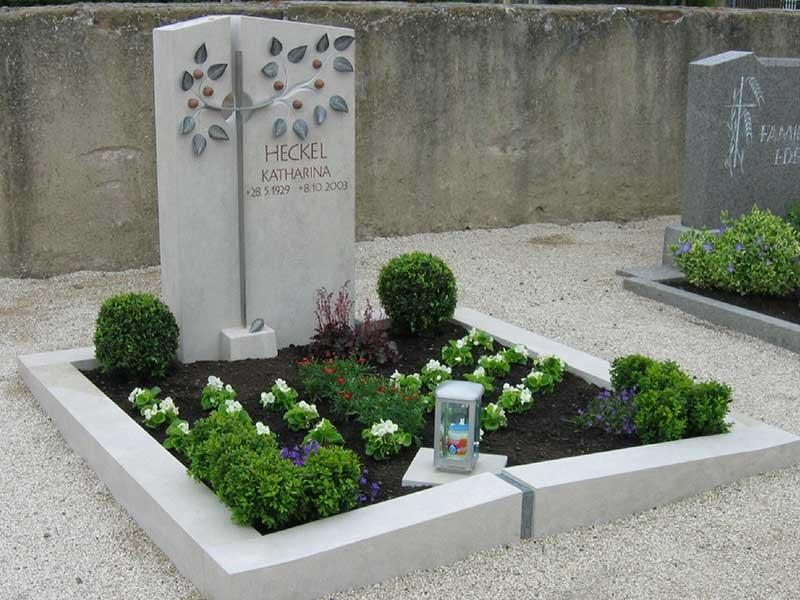 Friedhof Herrieden, Friedhof Bechhofen, Beet, Steinwerkstätte Gessler