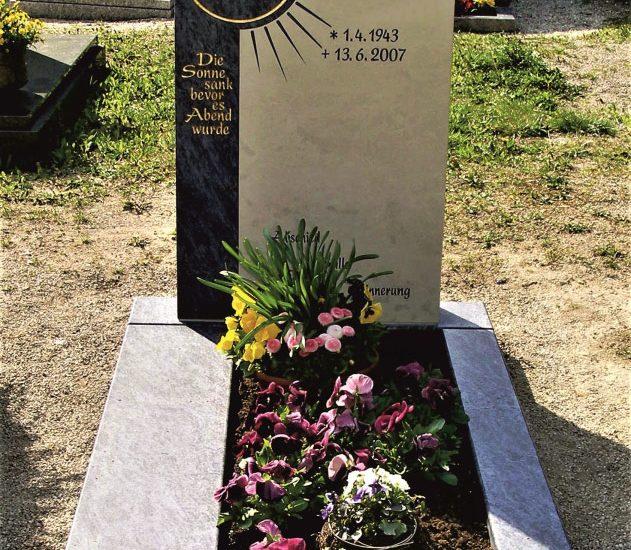 Friedhof Herrieden, Friedhof Bechhofen, Grabmal, Bechhofen Orden Beige Sonne, Steinwerkstätte Gessler
