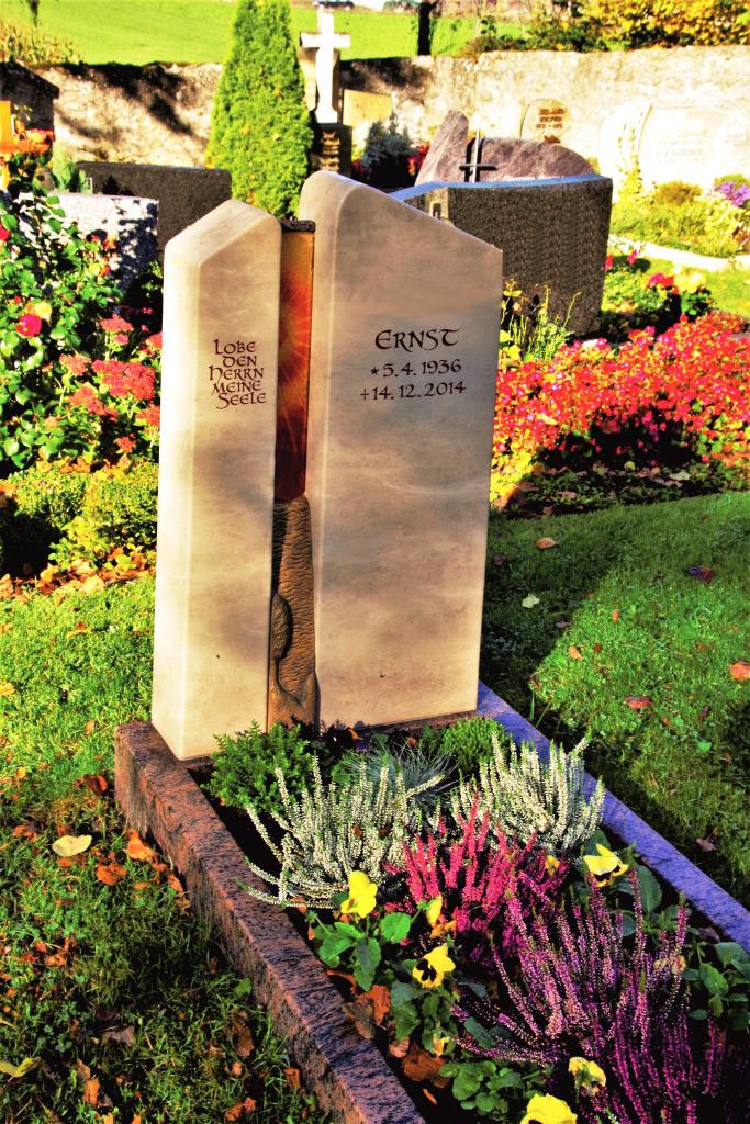 Friedhof Herrieden, Friedhof Bechhofen, Grabmal, Jura Sommersdorf, Steinwerkstätte Gessler